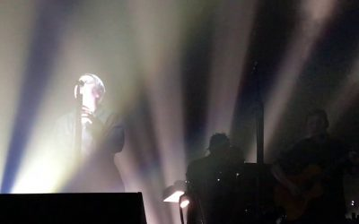 Watch Massive Attack Perform with Elizabeth Fraser, Cover The Cure