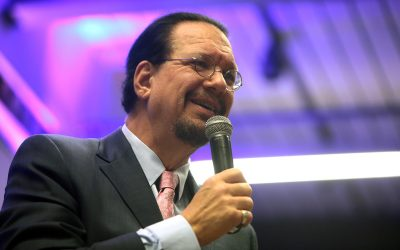 Weekend Reads: Penn Jillette, Your Brain on Music, Superhero Religious Beliefs, Hollywood Science & more